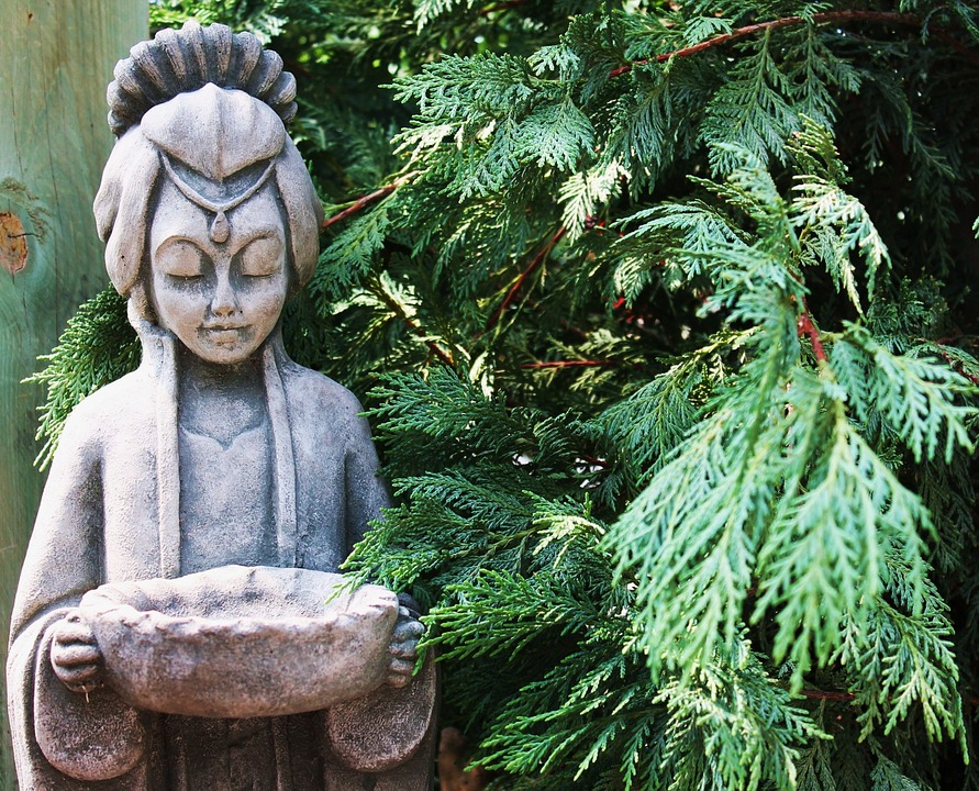 hypertufa garden decoration human figure